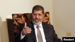 지난 달 27일 언론과 인터뷰 중인 무함마드 무르시 이집트 대통령.