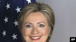 د امریکا اوسني واکمن گوند دیموکرات گوند لخوا یو قوي کاندید کیدی شي چې د بهرنیو چارو پخوانۍ وزیره میرمن هیلري کلنټن ووسي. میرمن کلنټن کیدی شي ډیر زر د کاندید کیدو اعلان وکړي.