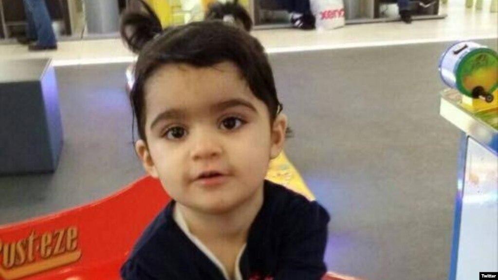 İki Yaşındaki Göçmen Kız Çocuğu Polis Kurşunuyla Öldü