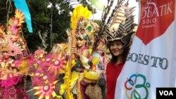 Karnival Solo akan tampil di Konferensi Asia Afrika 2015 di Bandung, Jawa Timur. (VOA/Yudha Satriawan)