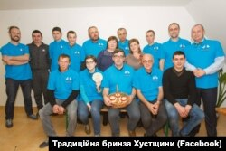 Асоціація вівчарів Хустщини, в центрі - Орест Дель Соль
