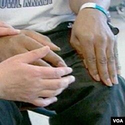 Terapi pasca stroke seperti ini menjadi kendala bagi pasien yang tinggal di daerah terpencil.