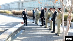 Pakistan's Chief of Army Staff General Raheel Sharif visits the Pentagon Memorial on November 17, 2015.
