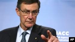 Marshal Angus Houston mutumin Australia dake zaton za'a gano jirgin