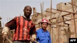 Xalqaro Valyuta Jamg'armasi ma'lumotlariga ko'ra, 2010 yilda Xitoy Afrikaga 54 milliard dollarga teng mahsulot eksport qilgan. AQShniki esa 21 milliard dollar xolos.