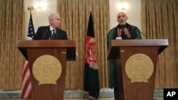 رواں ہفتے اپنے دورہِ افغانستان میں امریکی وزیر دفاع رابرٹ گیٹس نے نیٹو کی ایک حالیہ کارروائی میں نو شہریوں کی ہلاکت پر صدر کرزئی سے معذرت کی تھی۔