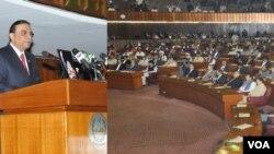 Presiden Pakistan Asif Ali Zardari berbicara di depan parlemen Pakistan (17/3).