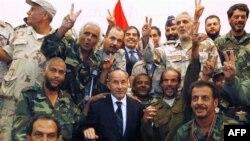 Libya'da Geçici Konsey Kabile Liderleriyle Görüşüyor