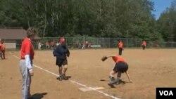 Mnogim je članovima ove soft-ball ekipe i preko 70 godina