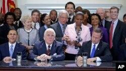 La ley firmada por el gobernador Martin O'Malley entrará en vigor el 1ro. de octubre.
