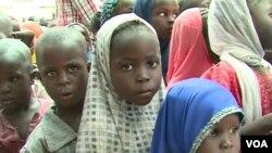 Abana baje kwiyandikisha ku mashuli muri Kameruni