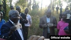 Moçambique Afonso Dhlakama recenseamento 2014