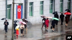 비오는 평양 거리. (자료사진)
