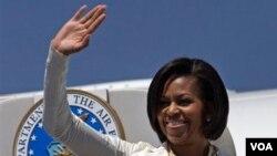 Michelle Obama se reunirá con el arzobispo Desmond Tutu y las organizaciones que luchas contra el VIH y el SIDA Sudáfrica.