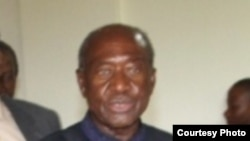 Waziri Mkuu mstaafu John Malecela