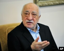 Islamic cleric Fethullah Gulen speaks to members of the media at his compound, July 17, 2016, in Saylorsburg, Pennsylvania. Turkish officials have blamed a failed coup attempt on Gulen, who denies the accusation.