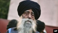 Fauja Singh, centenaire indien, Amritsar, 22 janvier 2012.
