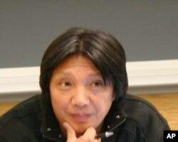 加州大学柏克来分校新闻学教授萧强