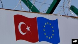 Turkey Migrants Turkey EU flag