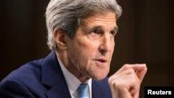 El secretario Kerry explicó que si el Congreso y la Casa Blanca actúan juntas, será más fácil combatir al grupo terrorista Estado Islámico.