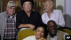 Các thành viên trong Ban nhạc nổi tiếng của Cuba, Orquesta Buena Vista Social Club.
