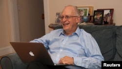ہارورڈ کے پروفیسر، اولور ہارٹ