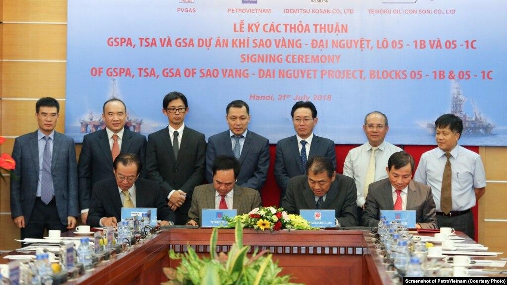 Ký kết Hợp đồng mua bán khí giữa PVN và các đối tác của Nhật. (Ảnh trên trang web của PetroVietnam).jpg