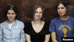 Las integrantes de la banda fueron sentenciadas en 2012 por una actuación en la que criticaron a Vladimir Putin.