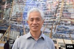 香港街工立法會議員梁耀忠。(美國之音湯惠芸攝)