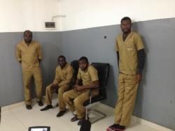 Activistas angolanos estão abrangidos por amnistia, dizem advogados - 2:42