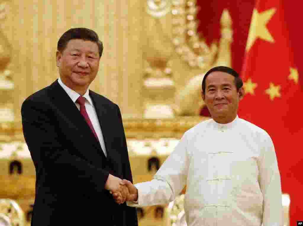 တ႐ုတ္သမၼတ Xi Jingping နဲ႔ သမၼတ ဦး၀င္းျမင့္ ေတြ႔ဆံု