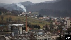 Melanija Knavs, sekarang dikenal sebagai Melania Trump, lahir dan besar di kota Sevnica, Slovenia (15/2). (AP/Darko Bandic)
