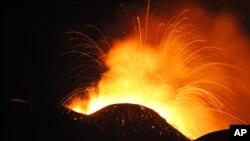 L'Etna en éruption, 30 décembre 2013