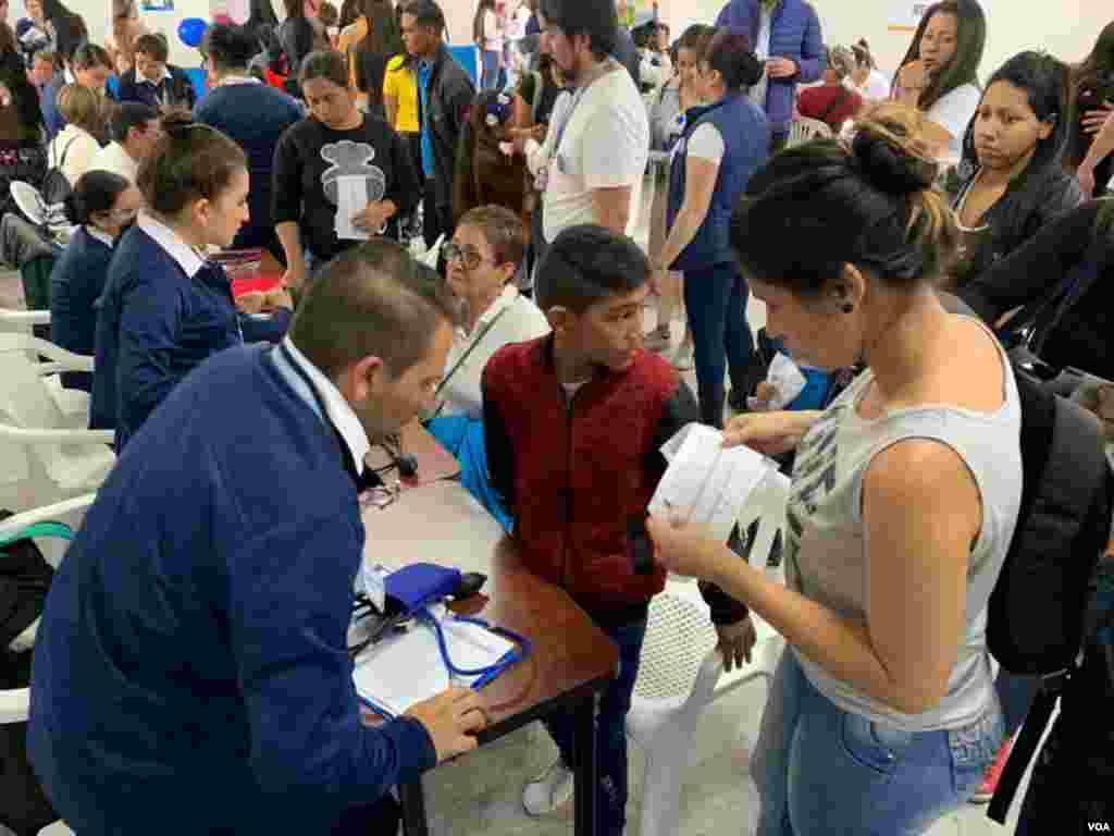 La venezolana Isleyer Castro agradeció el llamado a la jornada de salud realizada en Bogotá pues señala que en su condición de migrante es difícil tener algún tipo de seguro o asistencia médica.