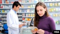 EE.UU. exige imprimir el nombre del paciente y las instrucciones para dosificación en las etiquetas de los medicamentos.