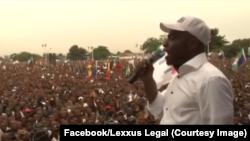 Martin Fayulu liboso ya bituluku, elili ebimisami na Ecide, le 2 août 2019. (Facebook/Lexxus Legal)