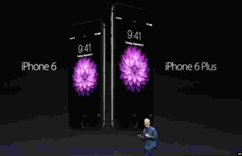 ایپل کمپنی نے آئی فون 6 اور آئی فون 6 پلس کی منگل کے روز رونمائی کی