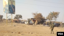 Basoda bazali kobengana bayi UDPS na ndelo ya Kasumbalesa, na Haut-Katanga, 25 aout 2020. (Narval Mabila)