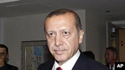 លោក Recep Tayyip Erdogan នាយករដ្ឋមន្ត្រីតួកគី ក្នុងអំឡុងមហាសន្និបាតអ.ស.ប.លើកទី៦៦នៅទីក្រុងញូវយ៉ក កាលពីថ្ងៃទី២២ខែកញ្ញាឆ្នាំ២០១១។