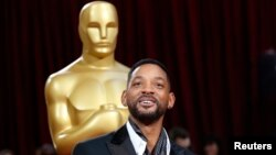 Aktor Will Smith tiba di acara Academy Awards di Hollywood, California. (Foto: Dok)