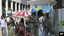 Dakarun kiyaye zaman lafiya na Majalisar Dinkin Duniya a birnin Abidjan, Ivory Coast, Dec 22, 2010