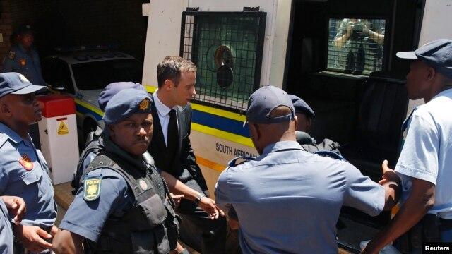 pistorius-sentenced-taken-to-prison