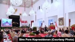 Presiden Jokowi mengumpulkan gubernur dari seluruh Indonesia, di Istana Negara, Jakarta, Selasa 23 Januari 2018. (Courtesy Photo: Biro Pers Kepresidenan)