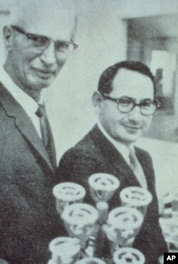 Albert Starr with his co-inventor, Lowell Edwards