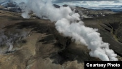 This steam plume is found in the highlands of the Torfajökull volcanic system, which contain big, powerful geothermal fields. Geothermal fields are subsurface reservoirs of the Earth's heat.