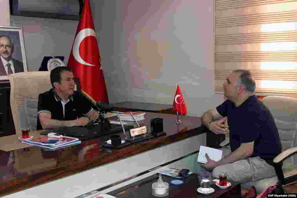 CHP Diyarbakır İl Başkanı Mehmet Şerif Doğru Amerika'nın Sesi'nden Alparslan Esmer'e konuştu.