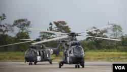 La salida del helicóptero fue retransmitida por la televisión.