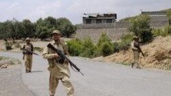 پاکستان تهدید می کند سربازانش را از مناطق قبیله ای خارج کند