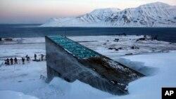 خزانۀ بذر روز قیامت در ۱۰۰ کیلومتری قطب شمال موقعیت دارد