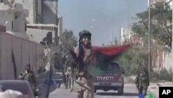 Гадафи убиен во напад во Сирт